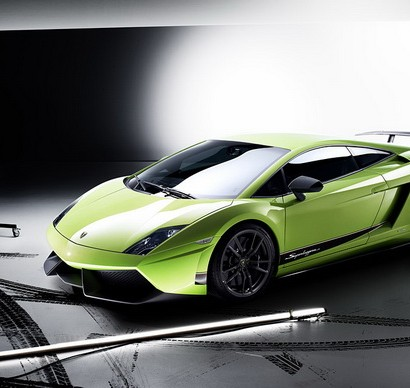 Lamborghini-Gallardo-LP-570-4-Superleggera-02